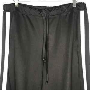 GAP Pants - Gap Black White Striped Jogger Track Pants A070530